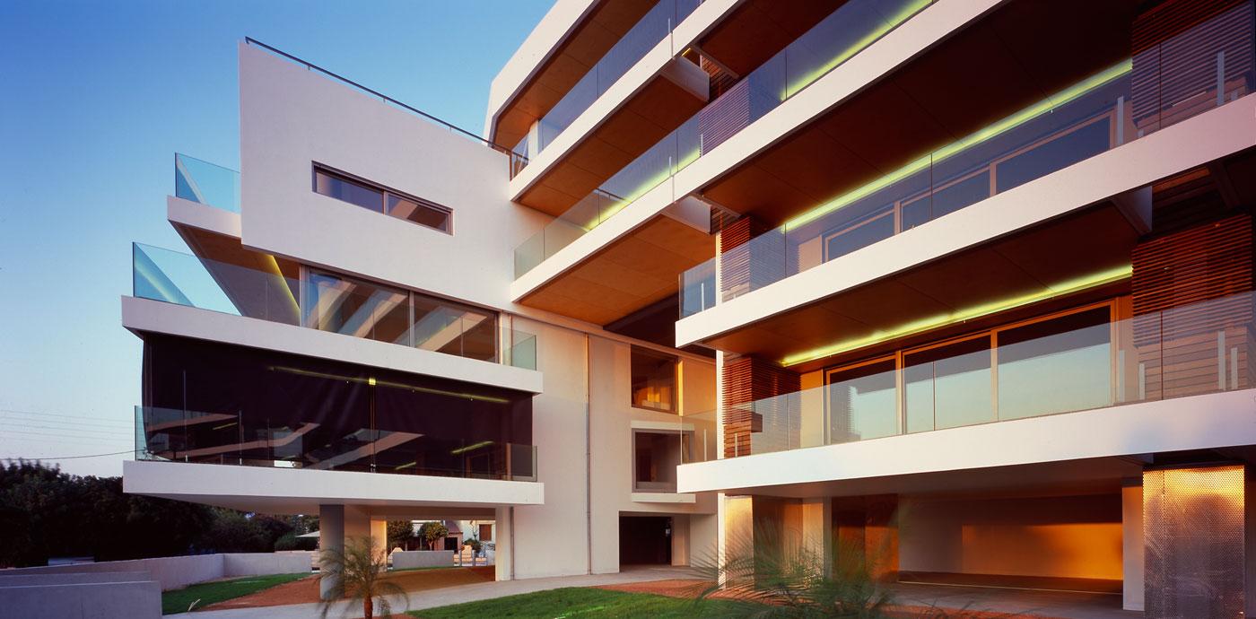 360 176 Apartment Building Divercity Architects